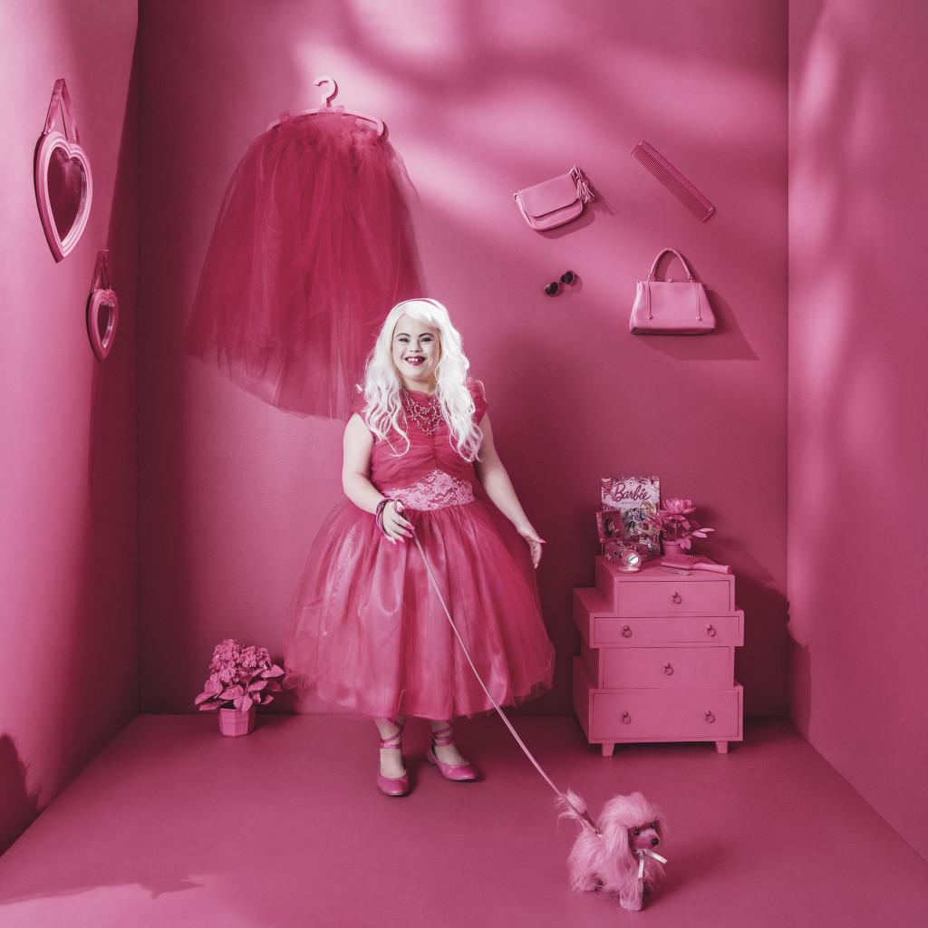 Barbie, ur Ikoner - en utställning om att få finnas, ett samarbete mellan Fotografiska och Glada Hudik-teatern. Foto: Emma Svensson.