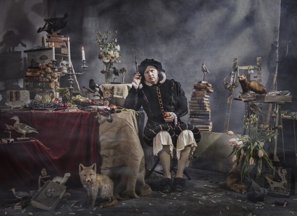 Konstnären, ur Ikoner - en utställning om att få finnas, ett samarbete mellan Fotografiska och Glada Hudik-teatern. Foto: Emma Svensson.